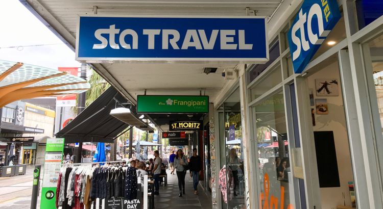 STA Travel Shop Melbourne Foto iStock jax10289.jpg